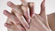 Eklem Çıtlatmanın Zararları